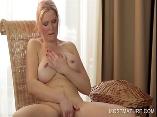 agreeable cougar finger bonks twat