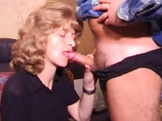 aged amateur wife homemade oral job with spunk