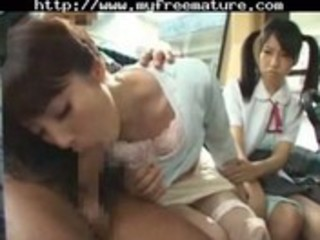 good friend mother and daughter take a bus 7