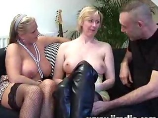 british mother i chicks getting anal drilled