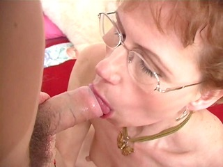 aged broad shows her orall-service skills - ant