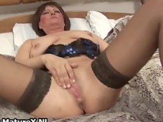 dirty old mom in hot lingerie fucking part8