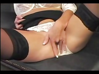 blond jenni loveitt goes solo and toys her juicy