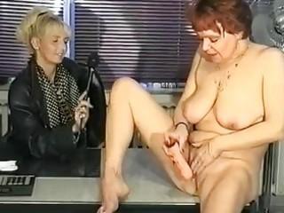 german interviewer helps mother i masturbate clip