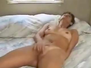 aged non-professional masturbation video