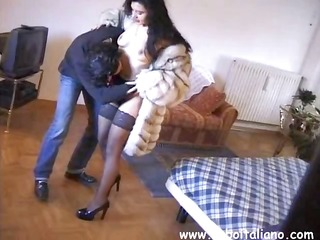 vulgar italian sko with a taboo kitten gives her