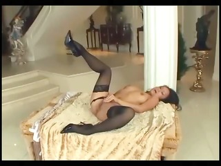 petite oriental drilled in nylons and stilettos