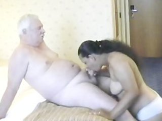 indian woman having sex with aged man