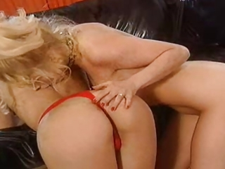 german porn - aged lesbians play rough sex