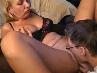 girlfriends mother pussy
