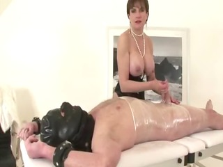 miss sonia likes being in control of her mmf