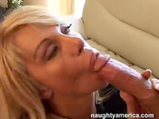 breasty mature d like to fuck kat kleevage or
