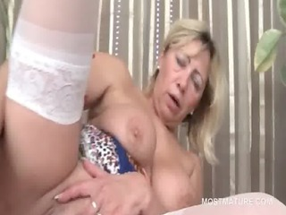 golden-haired aged vibrating peachy fur pie in
