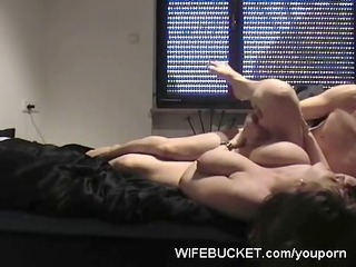 loose non-professional wife t live without it is
