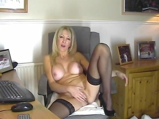 hot mama in stockings showing her snatch