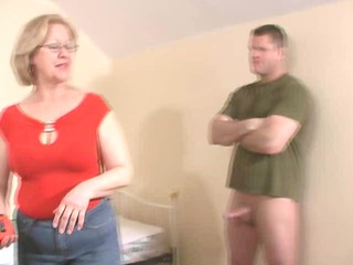 woman jacking-off a juvenile guy....do not miss!!!