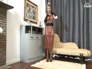 blonde mother i disrobes and uses her hot high