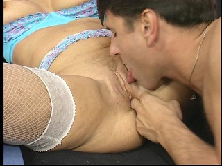 sexy mother i gives a blow job
