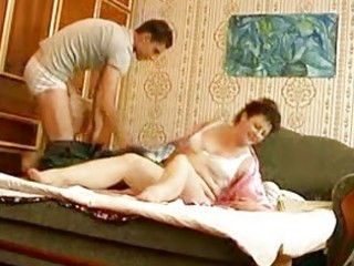 young hunk bangs older fat momma in bedroom