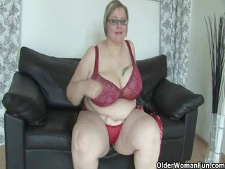 older big beautiful woman with biggest scoops