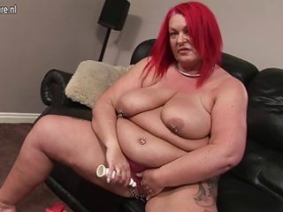 mature big beautiful woman and her chunky vagina