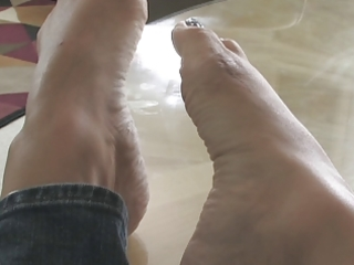 foot fetish with nice-looking milf