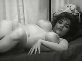 vintage milf moms from the 33s have large tits
