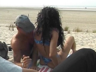 d like to fuck takes on the beach