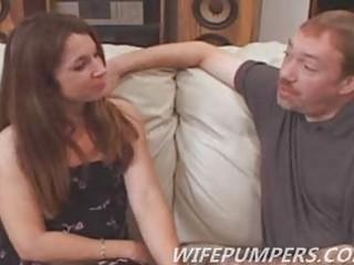 hot milf fulfills pornstar fantasy as she sucks