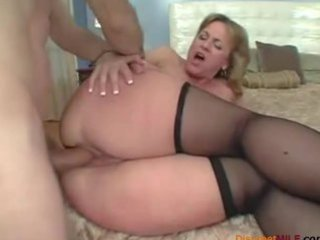 large ass mom can anal sex