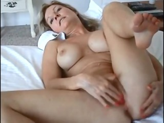 big boobed wife screwed on real homemade