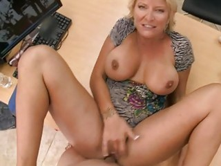slutty amateur blonde mother i swallows massive