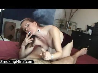 hawt lady loves to suck cock whilst smokin a