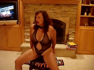 minnesota wife orgasms with toy