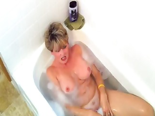 blond taking a baths acquires a cock to eat and