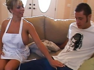 breasty blonde d like to fuck doing oral job and