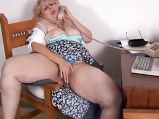 aged big beautiful woman phone sex