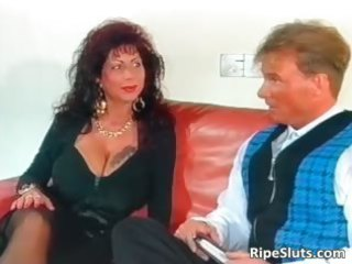 beautiful mega boobed older bitch acquires
